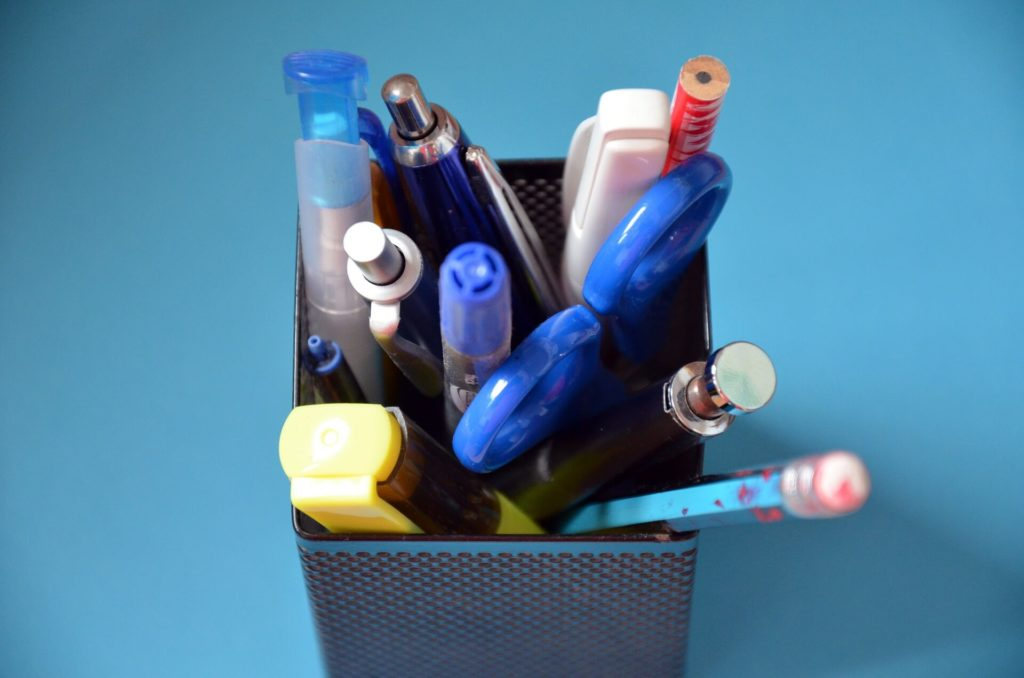 pens pencil stationery pot