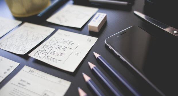 ux design phone pencils photo