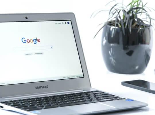 internet search engine laptop