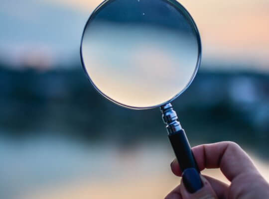 seo search engine optimisation magnifying glass